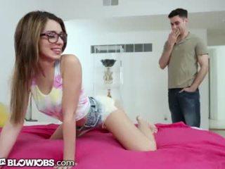 Onlyteenblowjob twerking cô ấy cách đến cô ấy sister's boyfriend's con gà trống