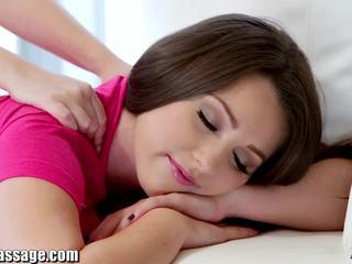 Exkluzivní vše dívka masáž dospívající lesbičky kočička eating