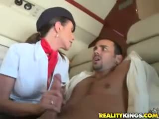 Caldi flight attendents ariella ferrera e aimee addison dare in flight pompino