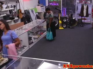 Pawnshop медсестра facialized в the закулісся pov