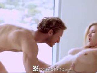 Passion-hd білявка підліток sucks guy як він shaves