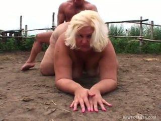 หยาบคาย overweight screwing ใน pig สนาม