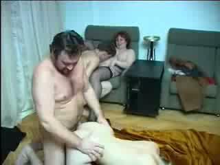 Οικογένεια incest σεξ όργιο