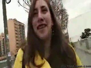 Pilladas adolescentes nicole corridas adolescentes aficionados tragan 항문의 dp