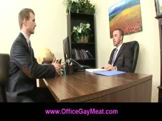 同性戀者, 接吻, 飾釘