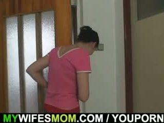 Oldie fucks haar dochter s man