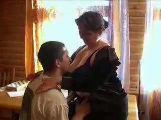 Matura nonnina arrapato per il cazzo