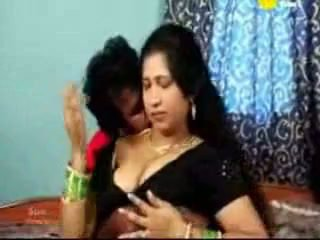 Indien tamil mature aunty baise avec son boyfriend