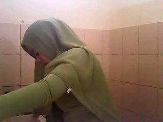 स्पाइ gagal jilbab hijau