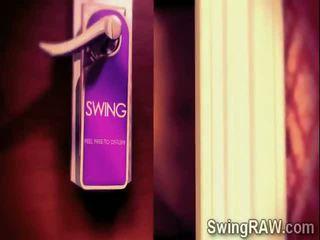Sexy swinger couples haben ein party im xxx wirklichkeit zeigen