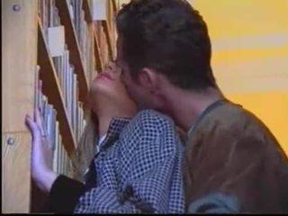 oralinis seksas, bučiavimasis, kaukazo
