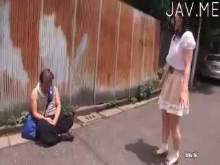 bruneta, japonec, cumshot