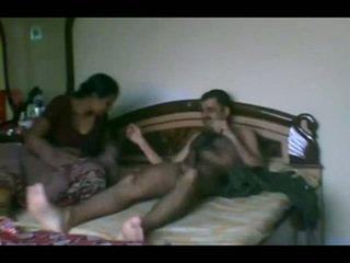 Naimisissa intialainen pair seksi scandal