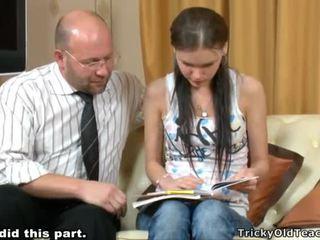 Tricky mokytojas seducing studentas
