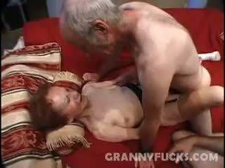 nagyi, cumshot, háromszemélyes