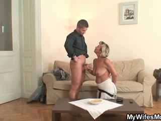 Girlfriends Hot Mom gets Fucked from Behind: Free Porn d6