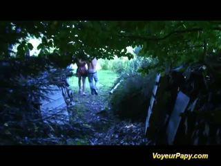 森林 三人行 同 papy 他妈的 娃娃 视频
