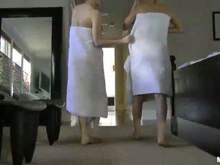 Natalia rogue aiden ashley preciosa adolescentes con natural tetitas lesbianas having sexo