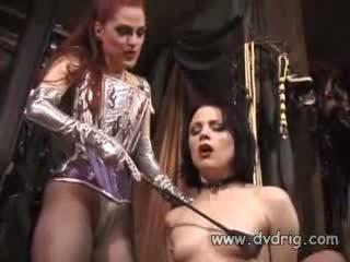 Lezbijke bitches boo dilicious charlie in lili anne obrazec a seks chain sticking guma dildos v vsak drugi kurba
