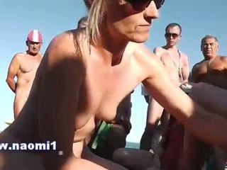 Handjob blowjob public beach
