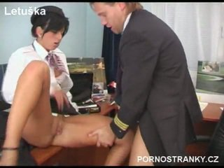 Air hostess in seragam fuck pilot