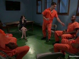 Tegan tate has band tehty rakkaus mukaan perverssi prisoners