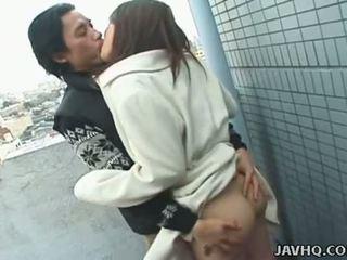 Javhq: jaapani teismeline exhibs ja perses õues