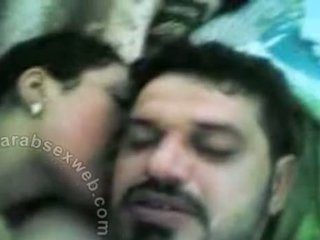 Arab esposa a chupar cock-asw787