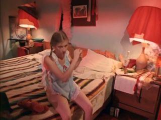 Kinoteatr 74: mugt wintaž & agzyňa almak porno video 4b