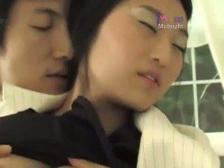 Coreana roommate sexo (not amadora)