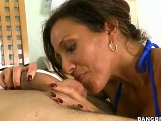 Sexually excited buhok na kulay kape adriana deville whacks kanya throat may a meaty Mainit meatpole