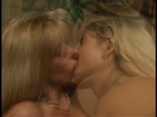 Carol 和 alanna, 一起 再次