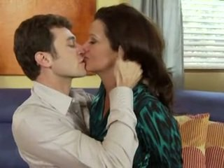 ruskeaverikkö, suuseksi, suudella