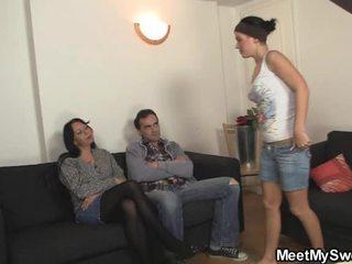Miel has baise son ensemble famille