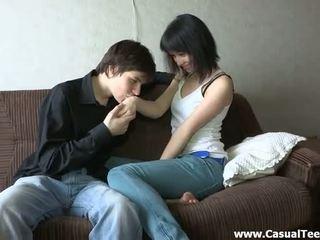 teen sex, amateur teen porn, vrtání teen pussy