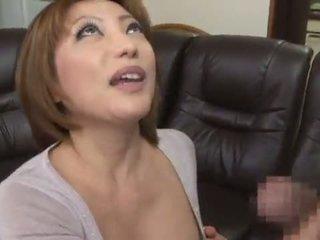 可爱的 和 辣 中国的 reiko kagami giving 一 角质 舔