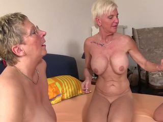 Xxx omas - plan a quatre baise pour vilain allemand blonde.