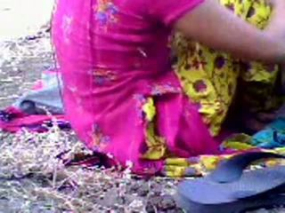 Indieši pusaudze scandal uz park līdz gracesmith18