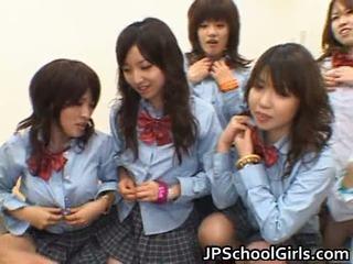 Aziatisch schoolgirls having anaal seks porno