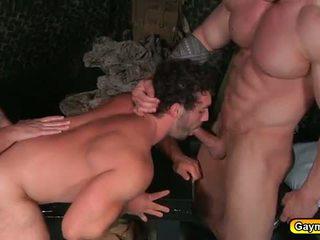 Ομοφυλόφιλοι σε στολή πρωκτικό γαμήσι