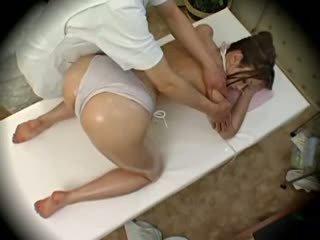 Spycam μόδα μοντέλα seduced με masseur 1