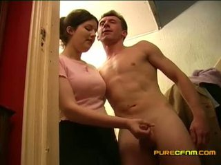 Spying on the nanny taşşak oýnamak off her boyfriend