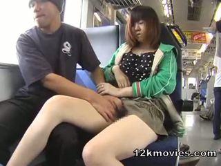 ญี่ปุ่น สาธารณะ เอเชีย เพศ ใน the รถไฟ