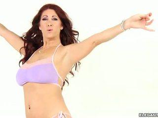 Tiffany mynx s verbazingwekkend bips driven desperately geil