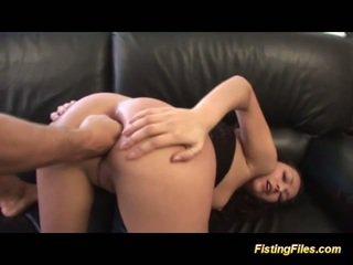 Extreem ruw anaal vuistneuken lession