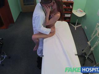 Fakehospital ब्यूटिफुल वालियां वेट पुसी