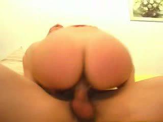 كبير, صياح الديك, مارس الجنس