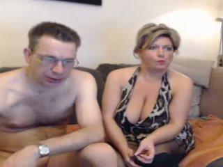 熱 媽媽 和 他們的 boyfriend pt 2