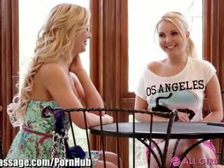 Allgirlmassage máma jsem rád šoustat step-mom lesbička facesits - porno video 031