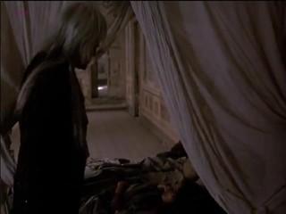 Anne knecht vampire dalam venice